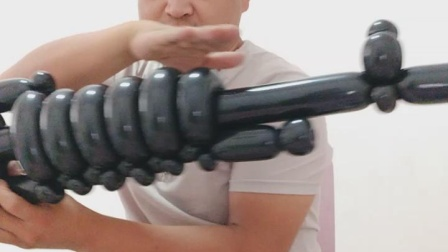 长条气球教程122'    冲锋枪 吃鸡带瞄准镜的冲锋枪 气球培训  气球教程' 临沂气球培训  气球小王子文德明