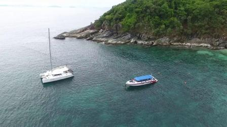 Y-1975-国外海岛度假私人游艇上玩乐