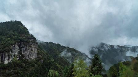 Y-1977-清晨时大山里的云雾缭绕延时实拍
