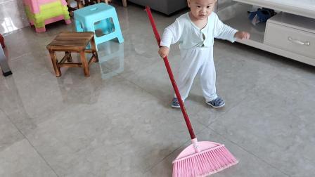 宝弟要打扫卫生啦
