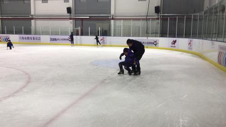 【7岁半】11-7哈哈滑冰转圈摔跤好几次IMG_9272