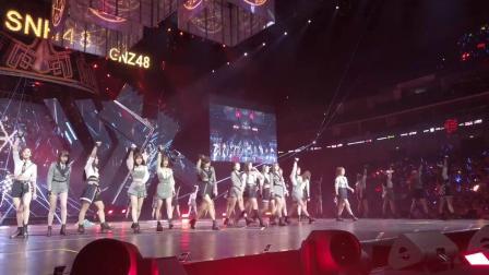 跟着官博娘的视角 ,和BEJ48小偶像们一起炸裂舞台,carry全场!
