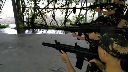 孩子们的军事拓展训练
