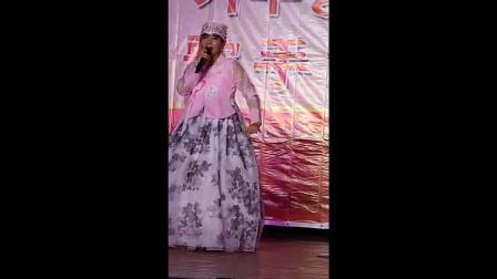歌曲大奖赛第一名 客人来了 演唱 安英花