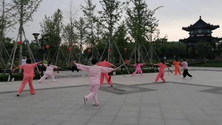 20190825四十二式太极剑晨练