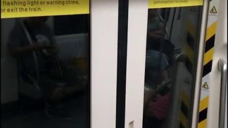 天津地铁二号线的新版报站人声音色(225编组增购新车曹庄方向天津站预报站)