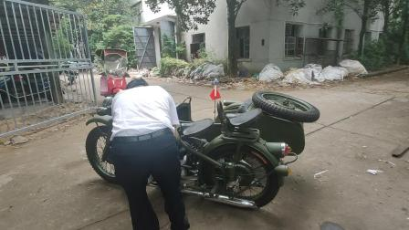 踏脚石边三轮摩托车,好玩好看的侉子边三轮