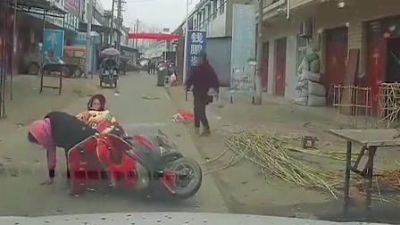 不能慢点开车,这样飙车很酷啊