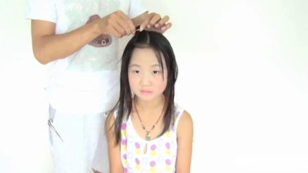 孩子们编织可爱的小辫子,双马尾辫造型,冯老师教编头发。