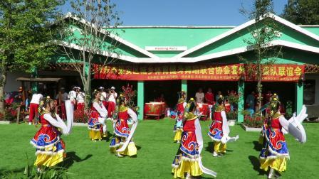 庆祝新中国建国70周年套外村广场舞联谊会之九连城久久健身队舞蹈《我祝祖国三杯酒》片段