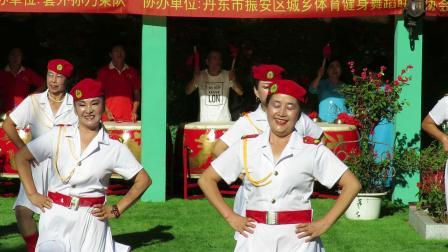 庆祝新中国建国70周年套外村广场舞联谊会之九连城久久健身队舞蹈《想西藏》片段