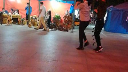 洪兰广场舞:水兵舞第四套