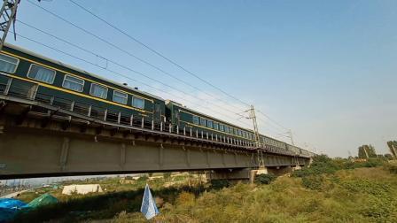 鸣笛注意火车  客车K1163次 北京西到长治北 3C25G