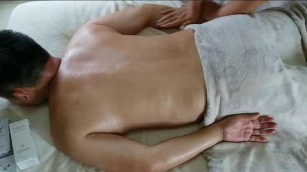 肩颈按摩保养推背手法高清