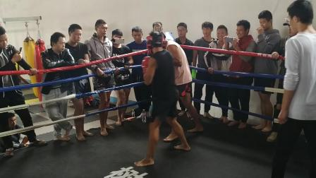 胡猛拳击2