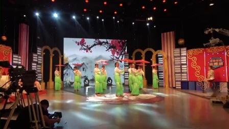 舞蹈:《油纸伞》表演者:南岗区新飞舞蹈团-_高清