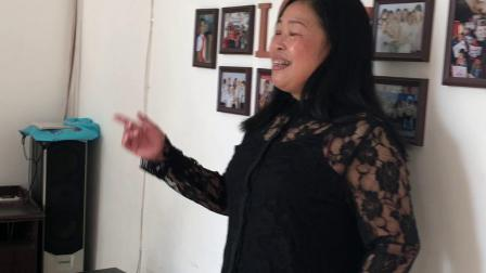 """盘锦原之爱师生深情学唱""""世上只有妈妈好"""""""