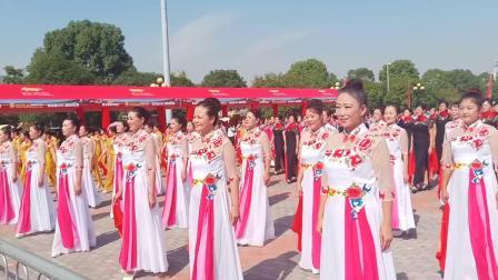 旗袍舞韵千人展演,湖南长沙刘美伊舞队