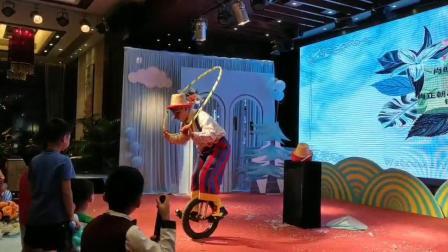 杭州戈尚文化独轮车演出舞台独轮车演出小丑独轮车演出商场巡游独轮车演出专业团队