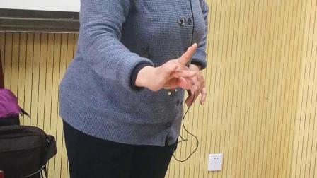 孔桂荣老师给豫剧表演班示范演唱《谁的是谁的非你问问苍天》