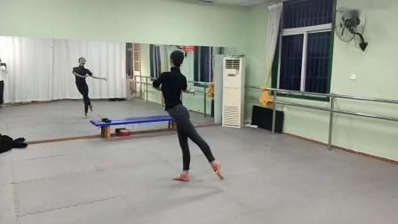 古典舞莲花视频分解动作三,阜阳艺路舞蹈提供