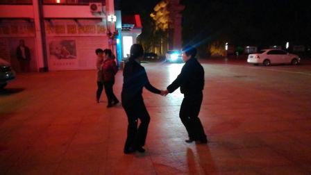 洪兰广场舞:银色水兵舞第一套