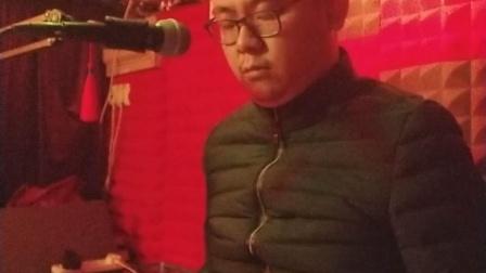 陈洲宏 - 冬季到台北来看雨(S900)