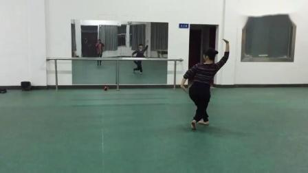 蒙古舞天边