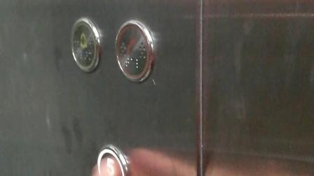 中门寺街乱按观光电梯