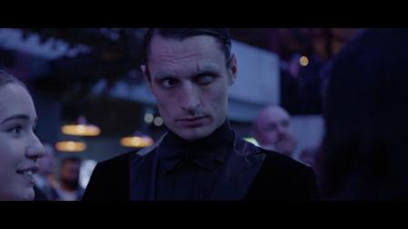 全新捷豹XEL为你带来秘密影院《007皇家大战赌场》