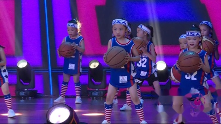 《 小不点大篮球 》三级1班