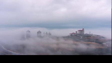 平流雾让这个城市的冬季,避开大雪,云雾缭绕,跟仙境有的一比!