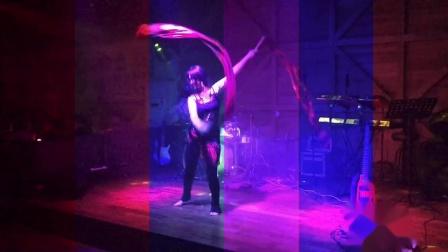 杭州市太拉国际教培学院 —— 漫漫老师的成名作《加勒比海盗》双扇舞又来了,想学习的同学不要错过!@太拉国际|杜骏毅 的视频原声