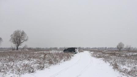 雪地越野了