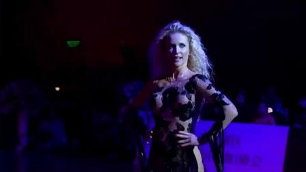 米尔科、埃迪塔2019CBDF国际标准舞总决赛颁奖晚会表演:T_20191213