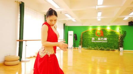 庆.东方舞《孤独的旅人 》