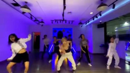 沈阳dp街舞达人馆迪迪老师,中级班日常练习