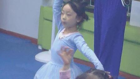 Andrea舞蹈:竹林深处