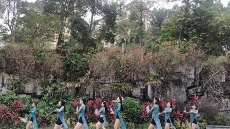 IV舞蹈团扇舞