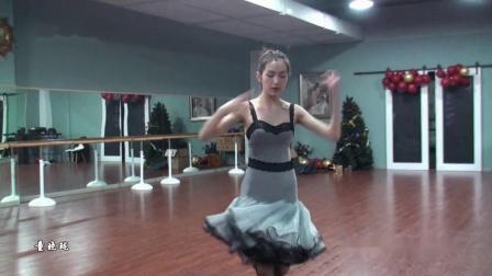 15岁美女童晓珑学习3个月跳中国体育舞蹈联合会五级恰恰美翻了!