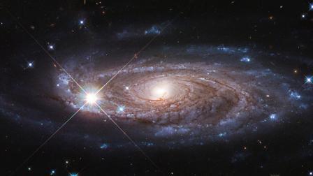 哈勃望远镜实拍,绝美巨大螺旋星系