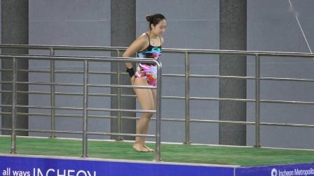 女跳水选赛在韩国 (项目_ 10m )