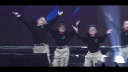 第9届耀YO潮流文化节《cool girls B》侯俊芳
