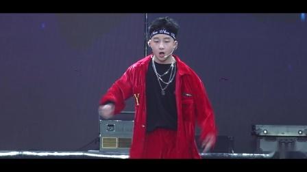 第9届耀YO潮流文化节《Red》彭世豪