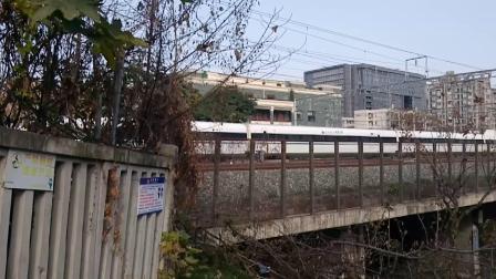 G2830次(CRH380A)通过高新益州大桥