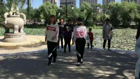 鬼步舞基础步《后蹬步》教小朋友学鬼步舞分解教学 更新最新的曳步舞入门级奔跑教程