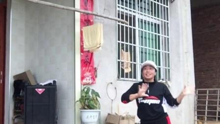 会昌麻州广场舞(鸟儿对花说)