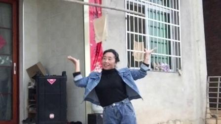 会昌麻州广场舞(爱情保垒)