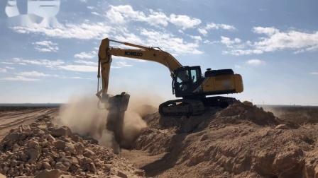 MB-HDS320筛分破碎斗配滚轴RQ20安装在神钢SK300LC挖机上在美国筛分破碎土壤岩石