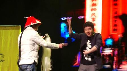 国内首创先锋互动魔术戏剧《我是谁》演出集锦.mp4